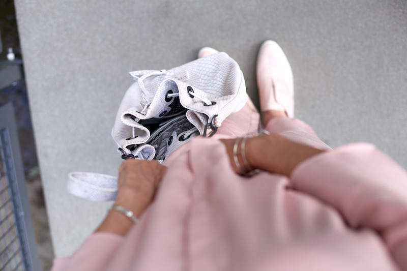 Zalon 3. Post rosa Outfit 10
