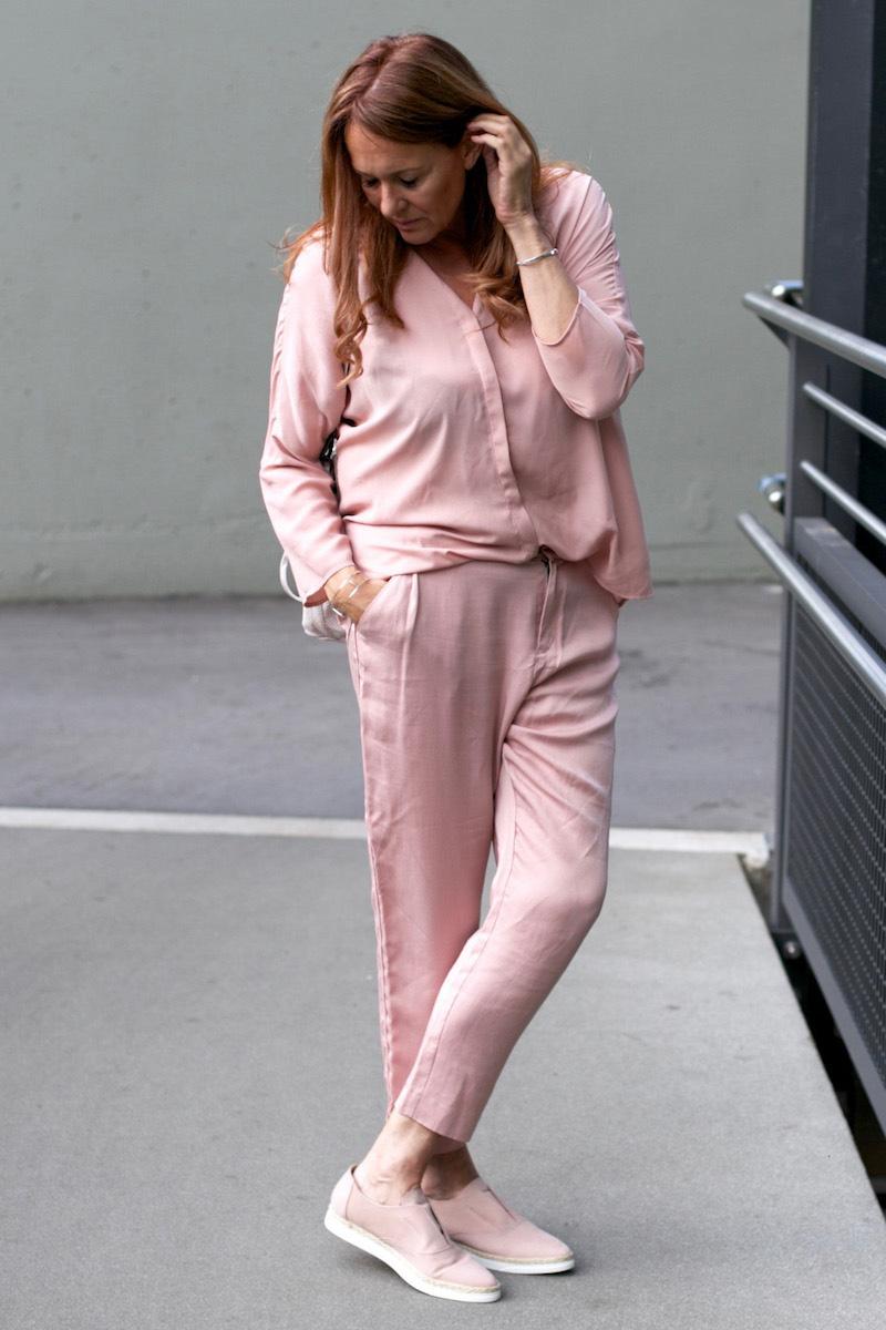 Zalon 3. Post rosa Outfit 9