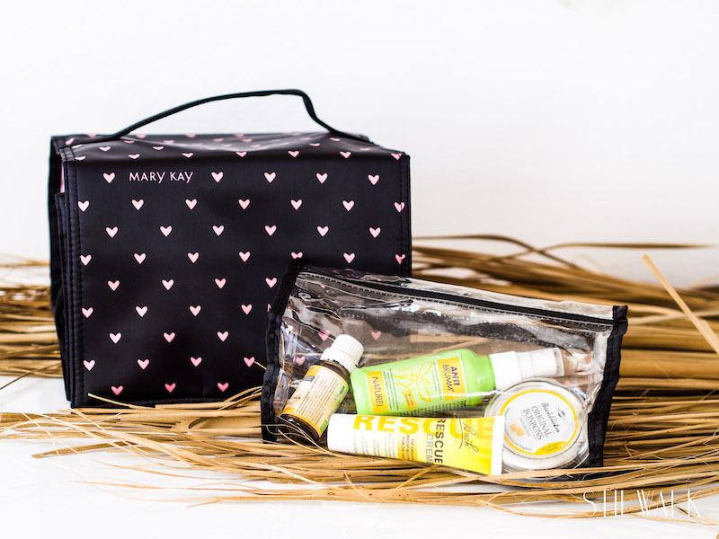 Mary Kay von Patrizia Philp hat die optimale Verpackung für eine Reiseapotheke. Unter maison-pazi findet jeder diese Tasche